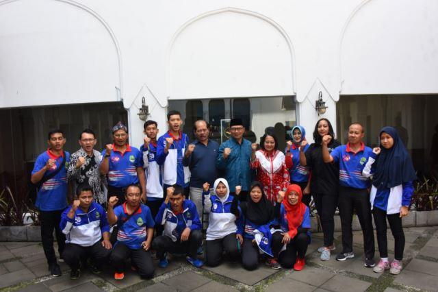 Ridwan Kamil Lepas Atlet Jabar ke SOWSG 2019 Abu Dhabi
